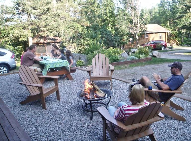Jackpine Kitchenettes - Timber Trail Lodge and Resort